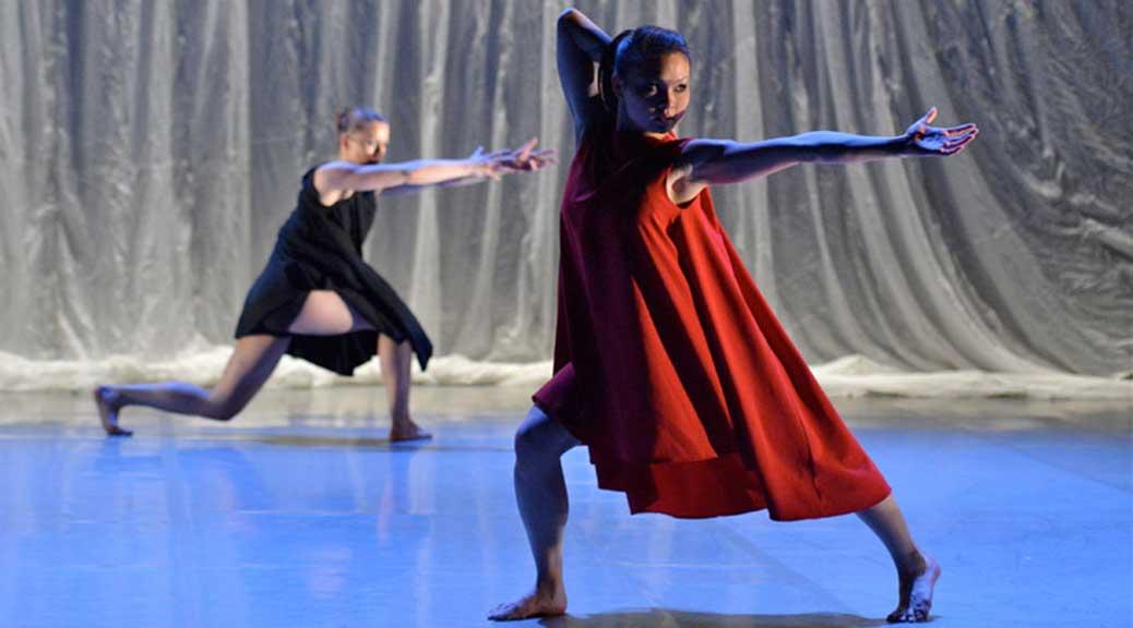 Phoenix Dance Theatre: Particle Velocity