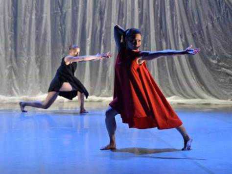 Phoenix Dance Theatre - Particle Velocity